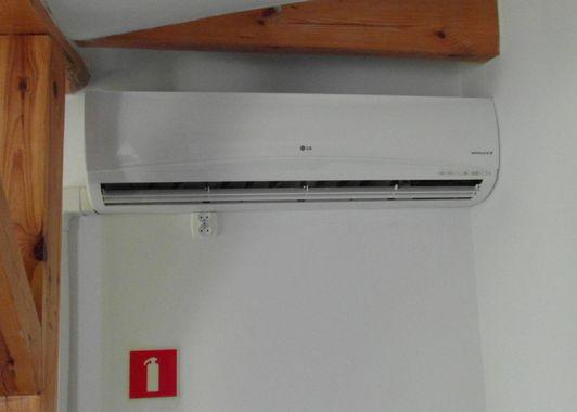 montaż klimatyzacja chotomów